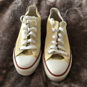 Shoes - Yellow Converse All Star women's 6